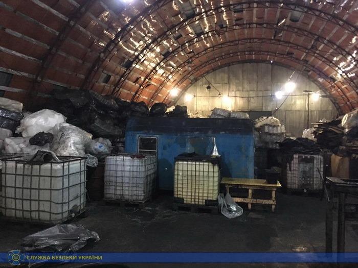 В Сумской области делали стеклоочиститель из российского метилового спирта