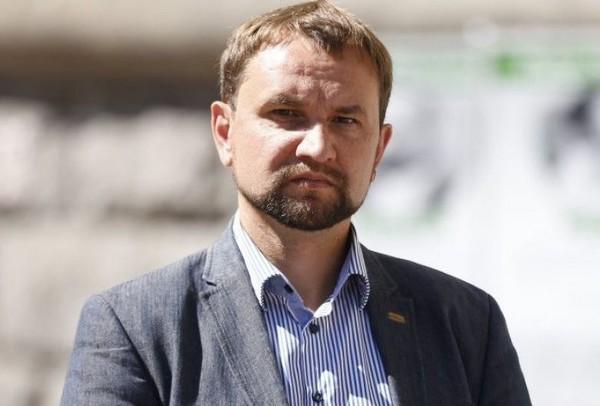 Кабмин уволил Вятровича с должности главы Института нацпамяти