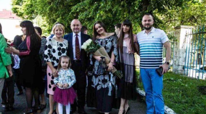 Ректору экономического университета в Тернополе ампутировали кисть
