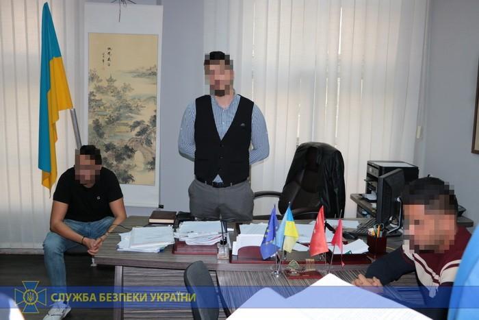В Харькове директора центра по работе с иностранными студентами поймали на взятке