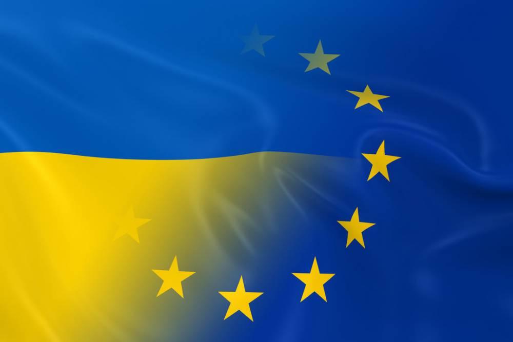 Зеленский подписал закон о ведении электронной транзитной системы с ЕС