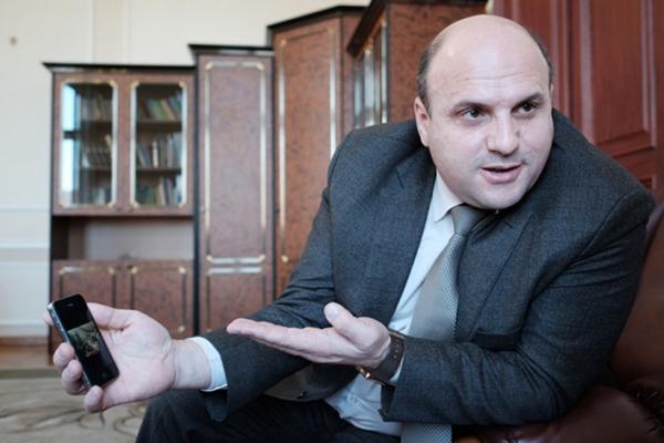 Суд выпустил главу Черновицкого облсовета под залог в 10 млн гривен и оставил на должности