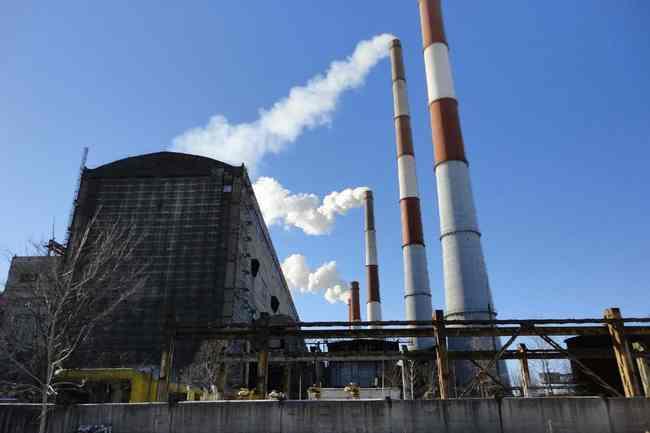 Украинский журналист заявил, что Коломойский и Зеленский в сговоре уничтожают энергоотрасль