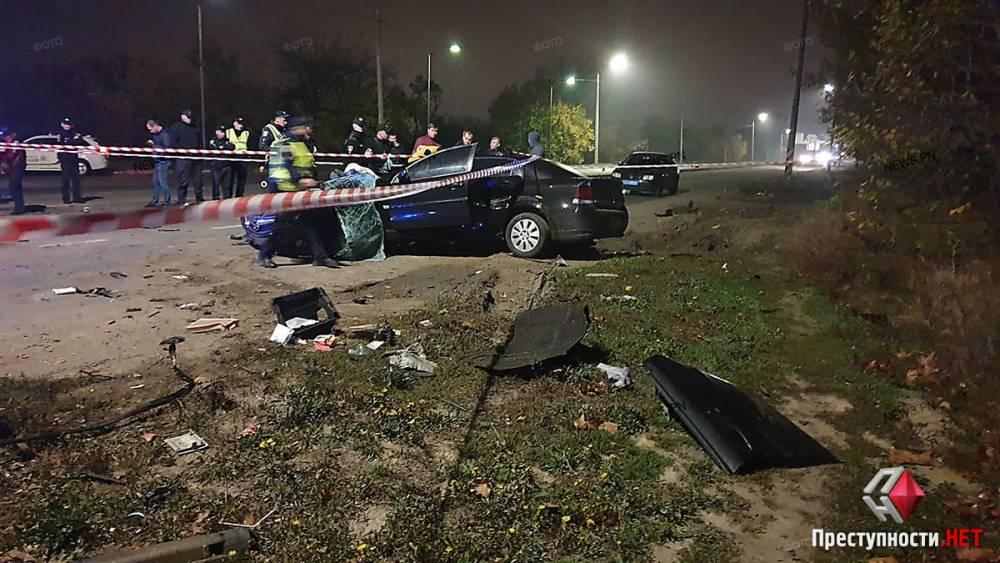 В Николаеве из-за высокой скорости в аварии погиб патрульный