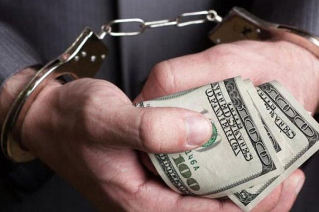 Штраф меньше взятки: суд вынес мягкий приговор систематически вымогавшему взятки сотруднику Житомирской таможни