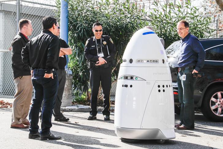 В США опыт использования роботов для патрулирования улиц оказался неудачным