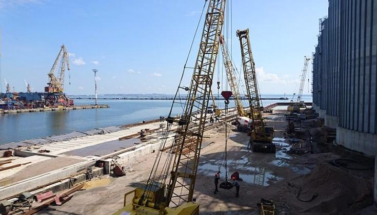 Фирму, оскандалившуюся с ремонтом моста в Днепре, поймали на махинациях при строительстве причала в Одесском порту