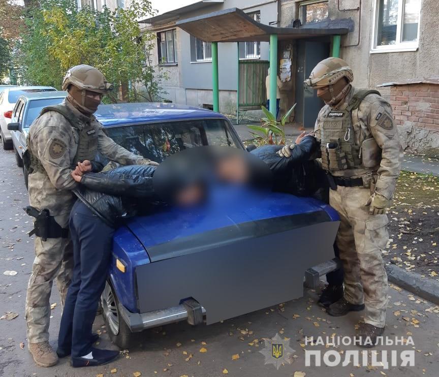 В Полтаве и Сумах поймали банду фальшивомонетчиков, обиравших пенсионеров