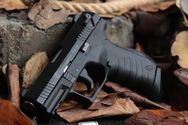 Пистолет дали в СИЗО: в прокуратуре рассказали о подробностях убийства зеком конвоира