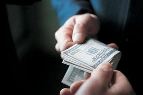 В Одесской области юрист сельсовета торговал землей за взятки