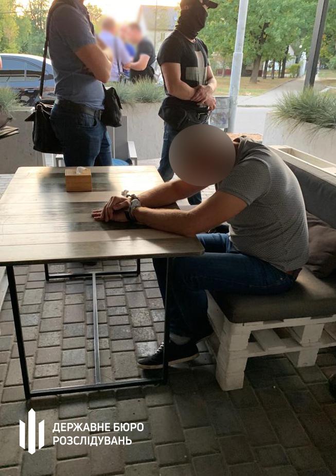 В Харькове на взятке задержали главного следователя отдела полиции