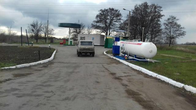 Начальник районного земкадастра в Запорожской области открыл нелегальную автозаправку
