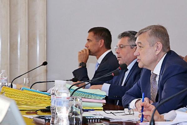 Замглавы Харьковского облсовета и чиновников ОГА подозревают в причастности к сети фиктивных фирм