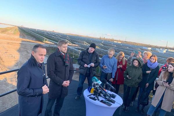 В Украине запустили две мощные эко-электростанции