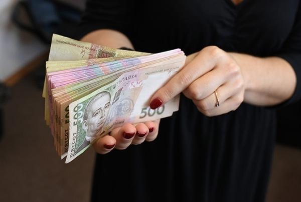 «Фискалы» помогли частникам уклониться от 269 миллионов гривен налога