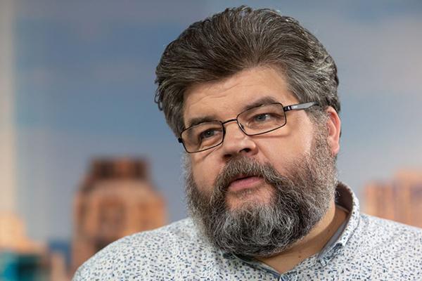 Попавшийся на переписке с проституткой Яременко написал заявление о выходе из комитета ВР