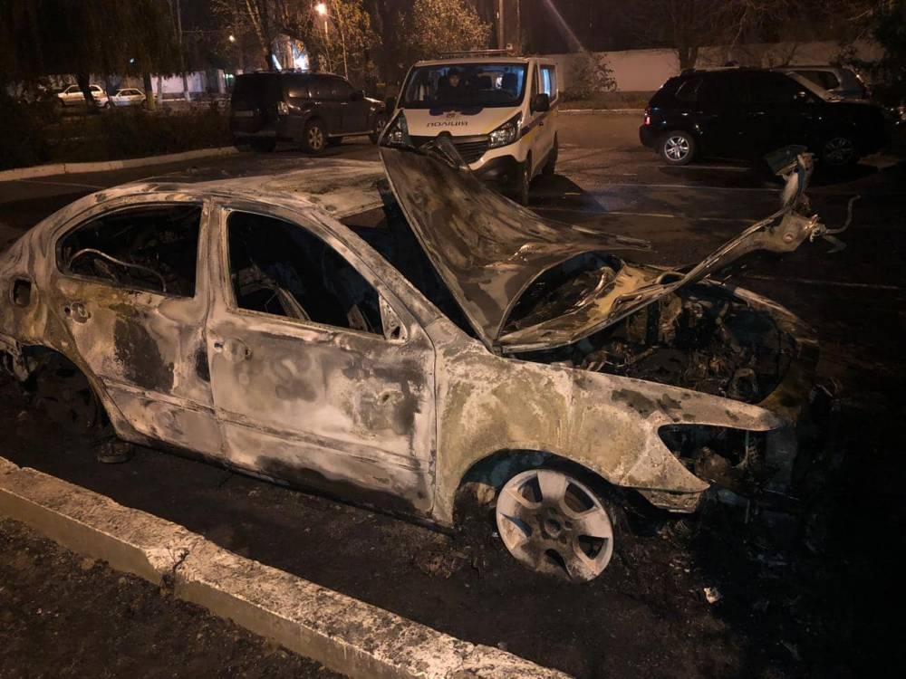 В Одессе сожгли автомобиль начальника  таможни