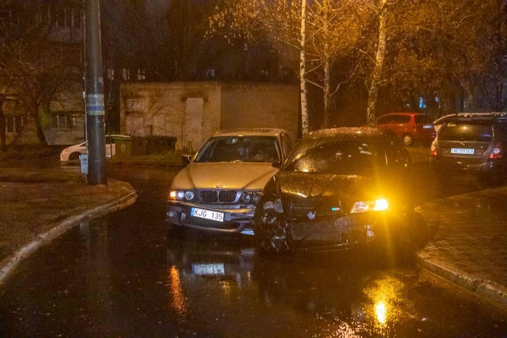 В Днепре полиция открыла огонь по водителю: сбит оперативник