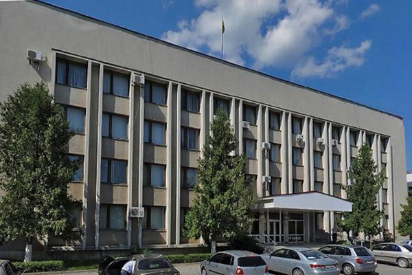 Чиновника Мукачевской РГА подозревают в растрате более миллиона гривен