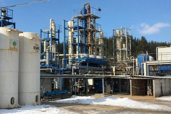 На НПЗ в Харьковской и Полтавской областях делали нелегальное топливо