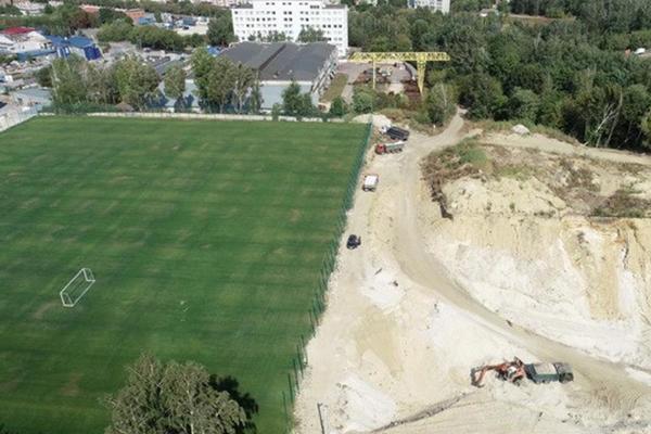 В Тернополе строители наворовали у государства песка на десятки миллионов