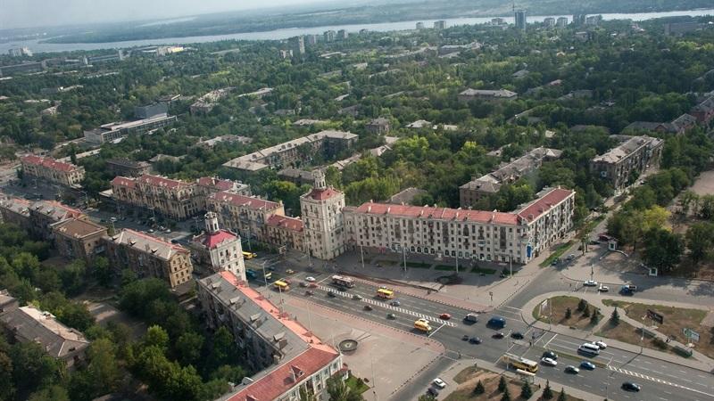 Запорожский горсовет разрешил фирме из окружения депутата приватизировать коммунальные склады