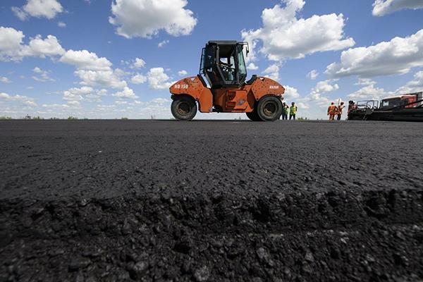 Ремонт дорог будут планировать на три года вперед и переложат часть затрат на местные бюджеты