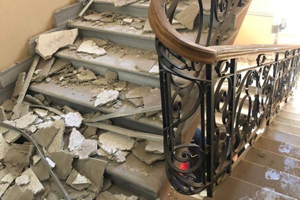 В здании управления полиции Одесской области рухнул потолок, есть пострадавшие
