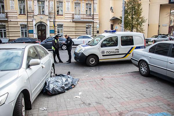Во время оформления протокола ДТП в Киеве умер мужчина