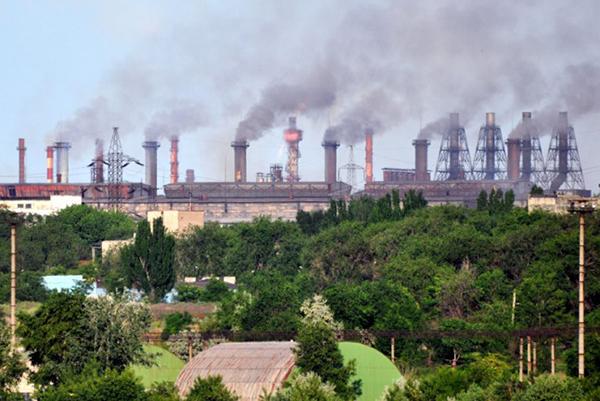 Вольногорский горкомбинат без тендера заказал земельные работы за 120 млн гривен
