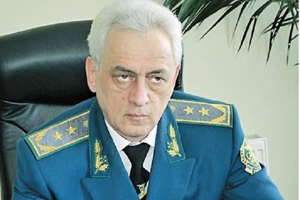 Скандального главу Черновицкой таможни уволили с негативной характеристикой