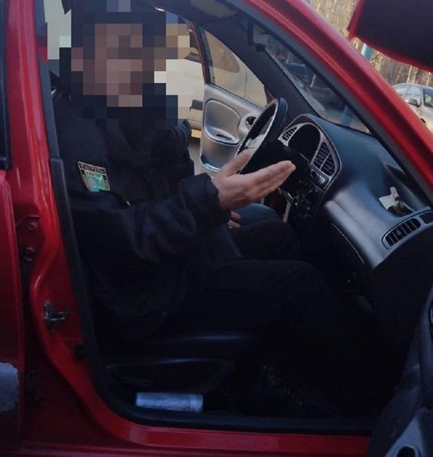 Донецкий полицейский шантажировал коллегу за непристойное поведение