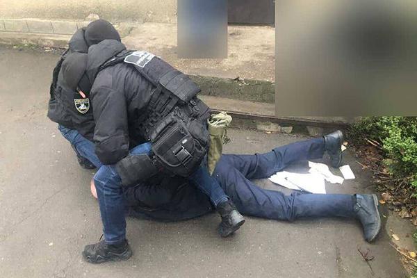 В Одесской области следователь попался на взятке