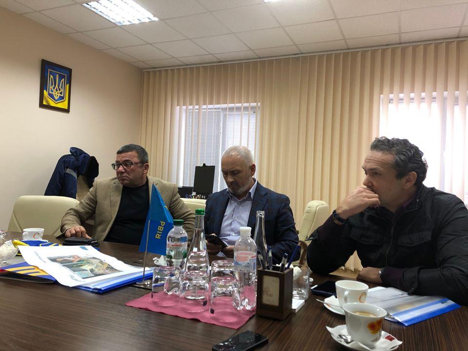Топ-чиновник «Укрзализныци» уничтожает контейнерные перевозки государства в пользу частного бизнеса