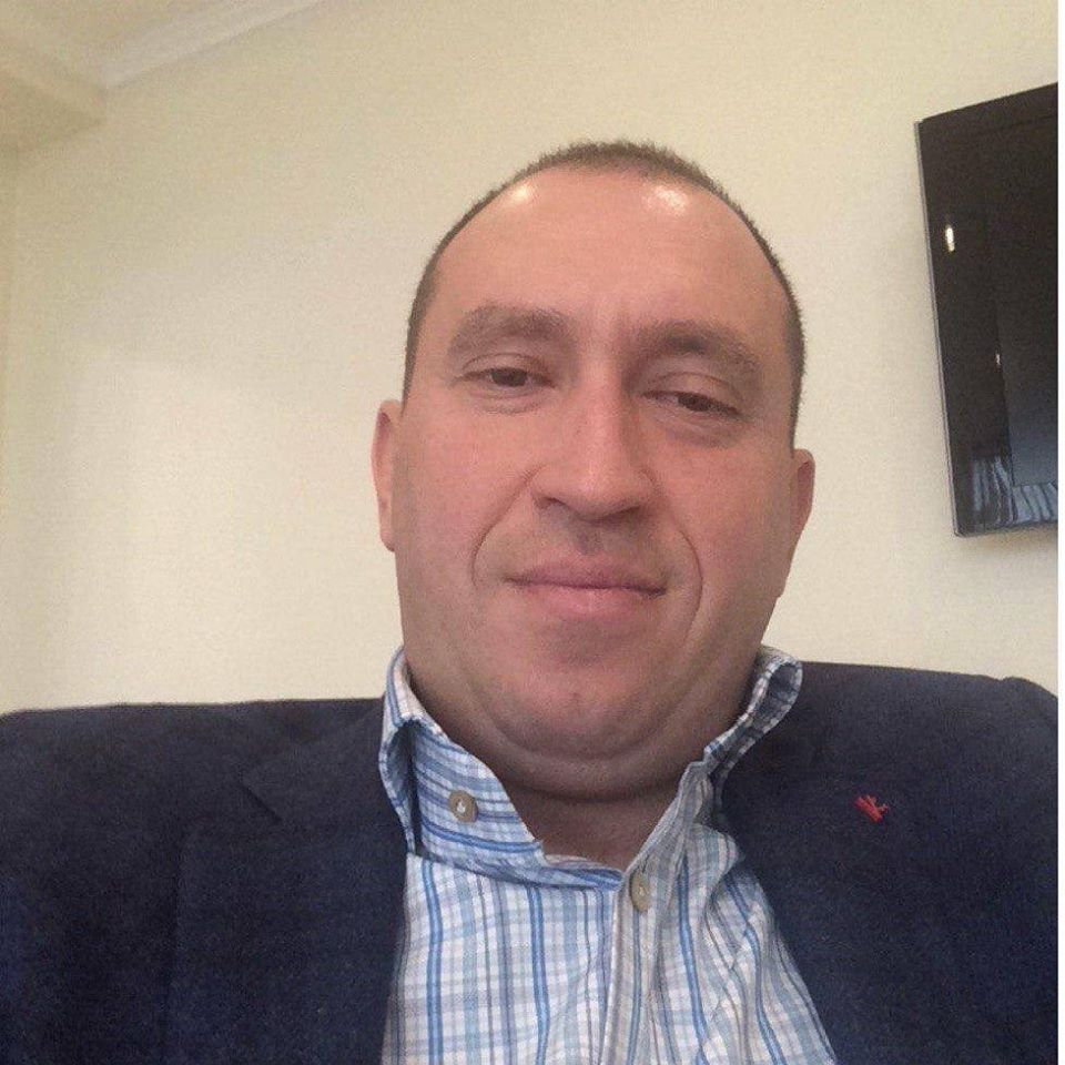 Одесский контрабандист Альперин пытался «скрыть» элитный Mercedes от ареста