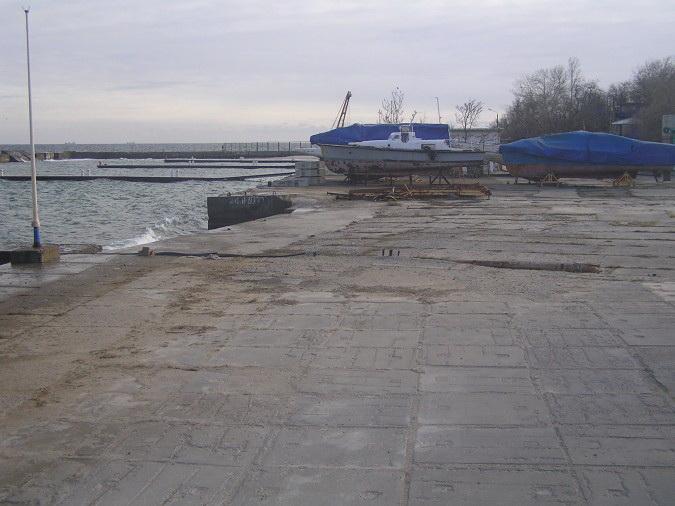 Имущество «Черноморского яхт-клуба» выставили на торги за 6 млн гривен