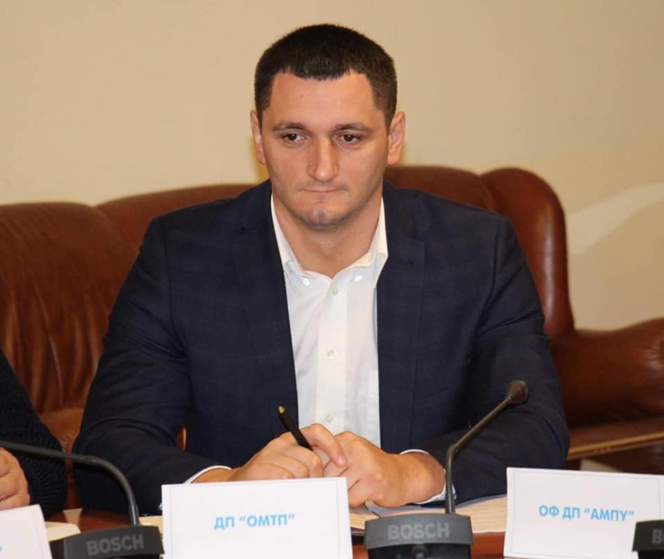 Экс-директор Одесского порта незаконно начислял себе огромные премии