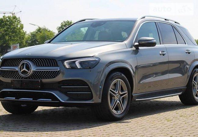 Начальник казначейства Волынской области купил авто за 84 тысячи долларов