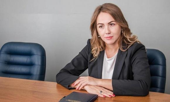 Заместитель Милованова за три месяца заработала почти полмиллиона гривен