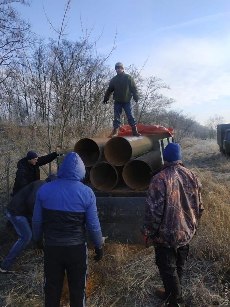 В Одесской области группа «охотников за металлом» разворовывала трубы Молдавской ГРЭС