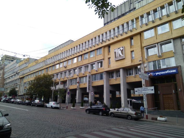 В центре Киева под видом реконструкции «Киевпроекта» построят 100-метровую многоэтажку