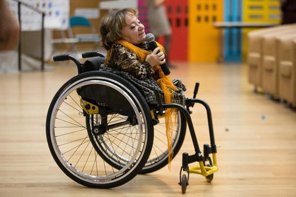 Кабмин решил создать платформу для трудоустройства людей с инвалидностью