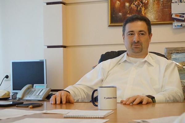 Главе «Укрпочты» подняли зарплату почти до двух миллионов гривен