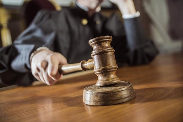 Столичные судьи заявили о давлении со стороны адвоката подозреваемой в убийстве Шеремета