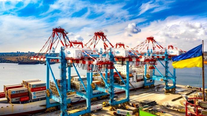 В Южный порт зашел арабский бизнес: долю русского олигарха Федорычева в контейнерных перевозках решили «размыть»
