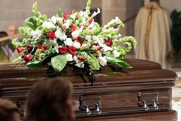 Суд закрыл дело умершего силовика, обвиняемого в завладении землей на 193 млн гривен