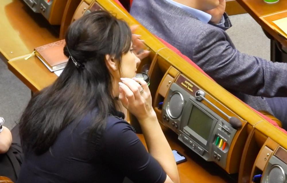 Нардеп от «Слуги народа» Марченко продолжает заниматься коммерческой деятельностью