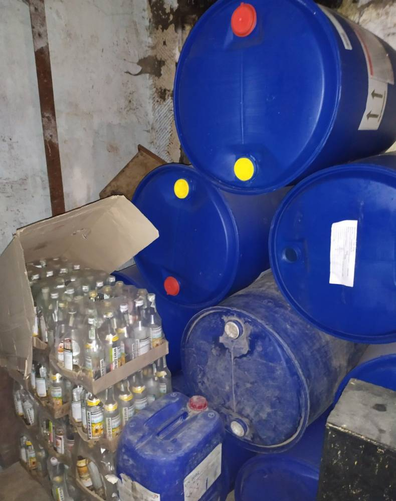 В Тернопольской области ликвидировали 2 подпольных цеха по изготовлению алкоголя