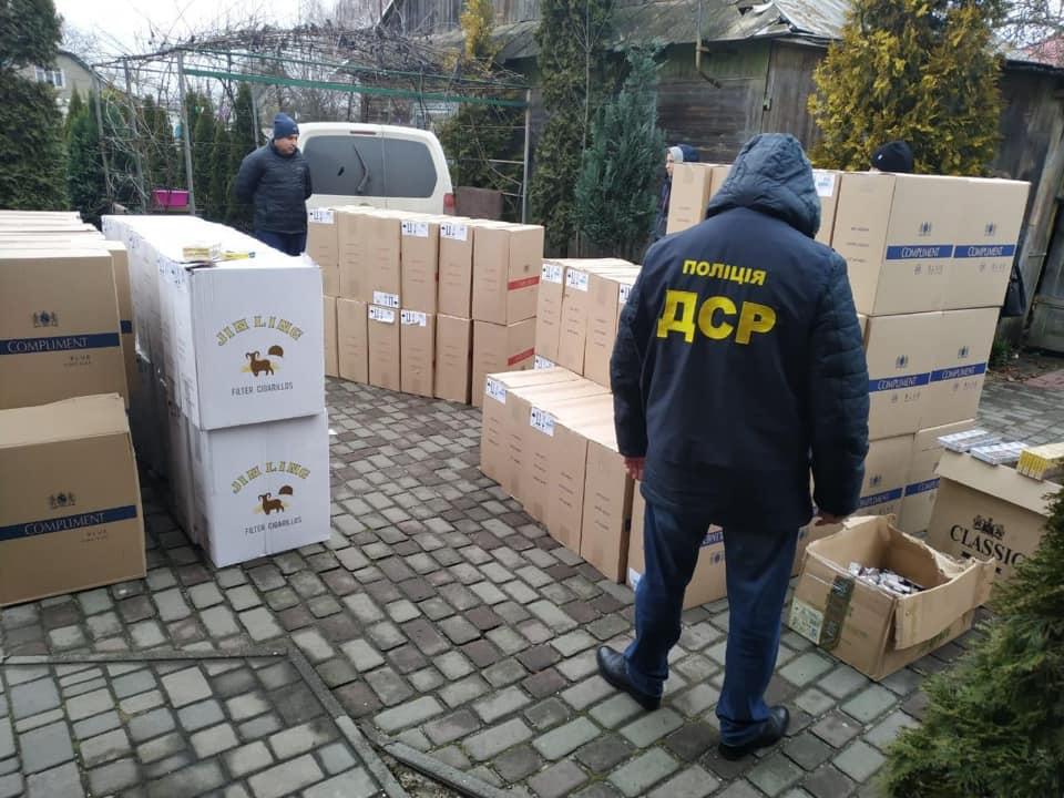 В Украине перекрыли канал контрабанды сигарет из ДНР: склады находились в четырех областях страны