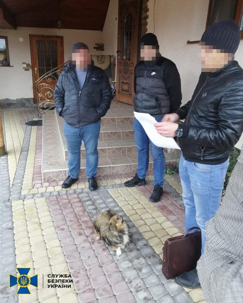 Закарпатские чиновники украли часть средств из 28-миллионного контракта на ремонт дорог